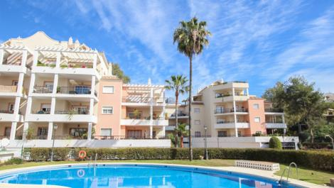 2 bedroom Penthouse for sale in Nueva Andalucía