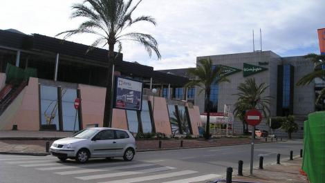Commercial for rent in Puerto Banús