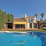 4 bedroom Villa for rent in Nueva Andalucía