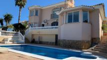 4 bedroom Villa for sale in Riviera del Sol
