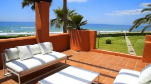 4 bedroom Apartment for sale in Los Monteros