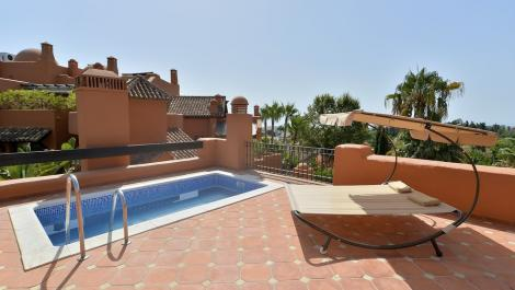 4 bedroom Penthouse for rent in Puerto Banús