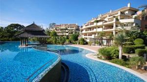 4 bedroom Apartment for sale in Puerto Banús