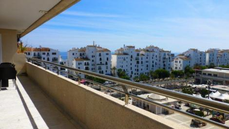 2 bedroom Apartment for rent in Puerto Banús