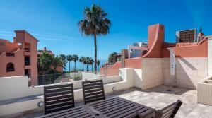 4 bedroom Townhouse for sale in Estepona