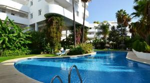 2 bedroom Apartment for sale in The Golden Mile