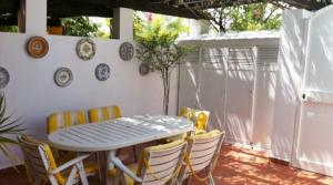 2 bedroom Townhouse for sale in Nueva Andalucía